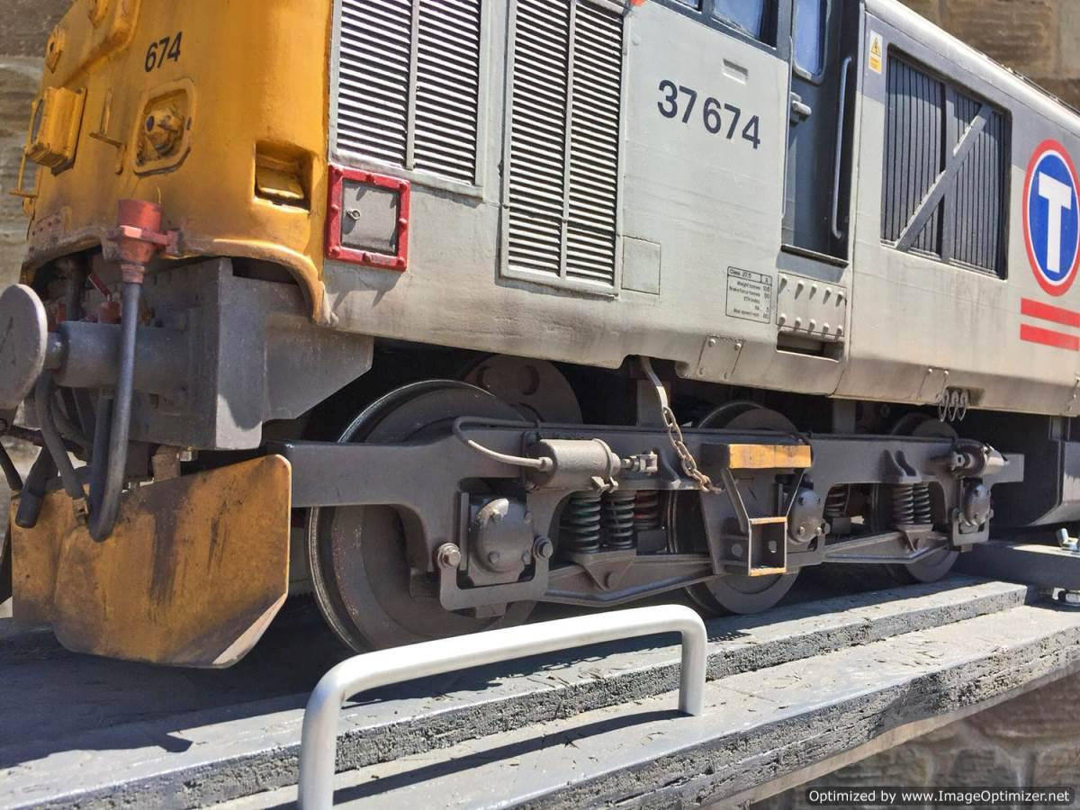 "test 5"" gauge Class 37 diesel for sale (3)"