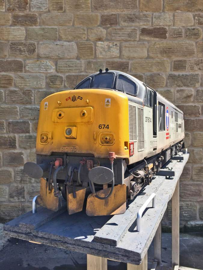 "test 5"" gauge Class 37 diesel for sale (8)"