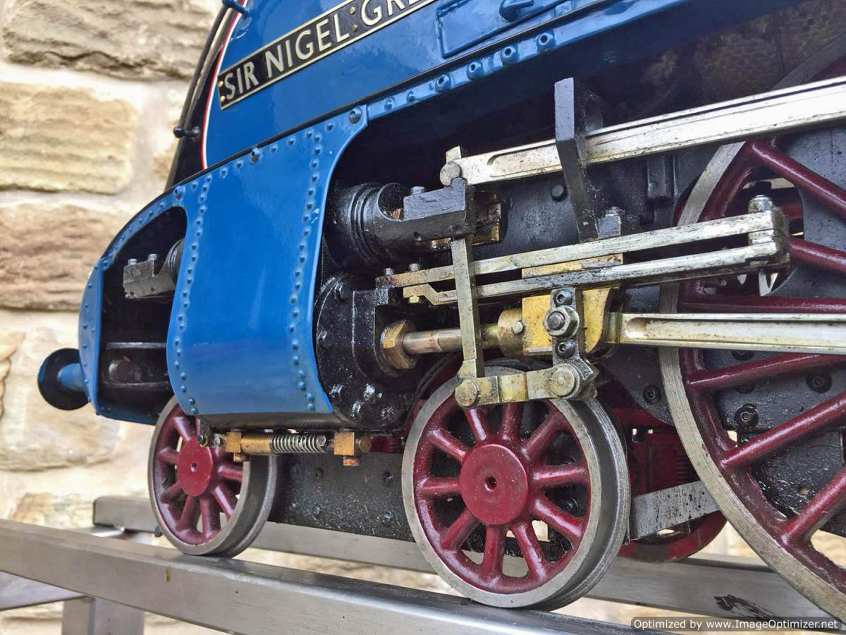 test 5 inch Gauge LNER A4 Sir Nigel Gresley (29)