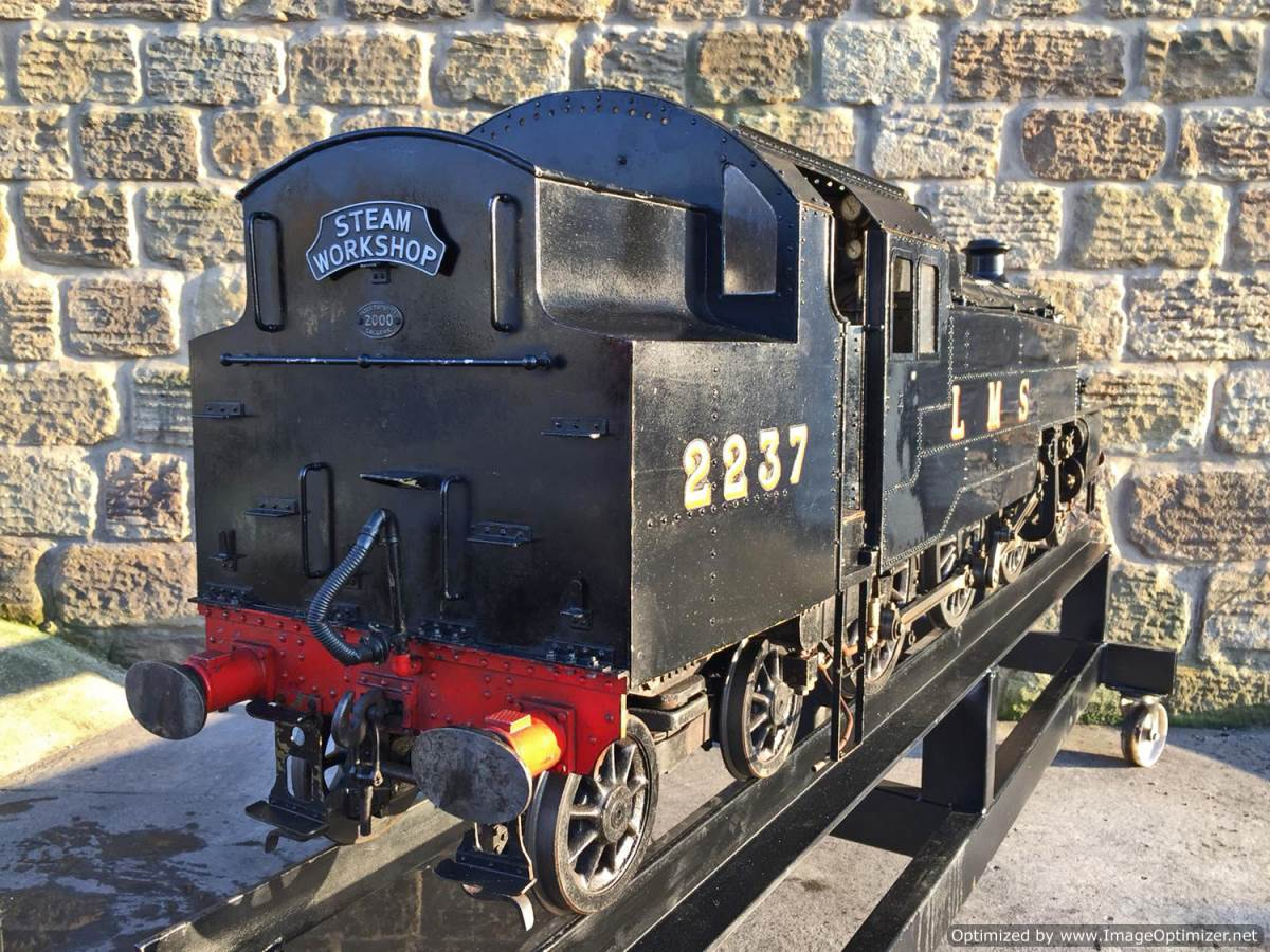 test 7 and a quarter gauge Fairburn Class 4 Tank Live Steam for sale (12)