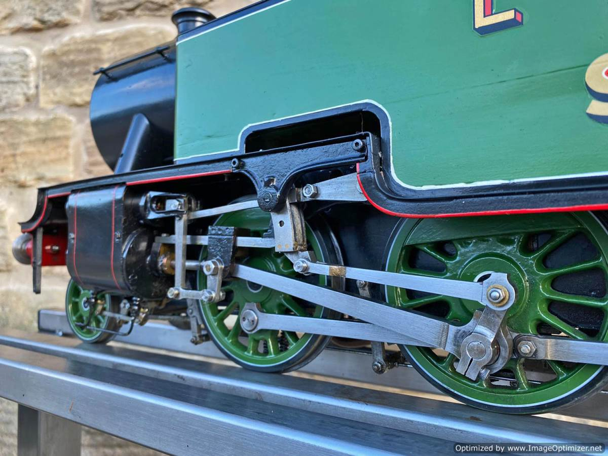 test 3 and a half inch LNER L1 live steam for sale (1)