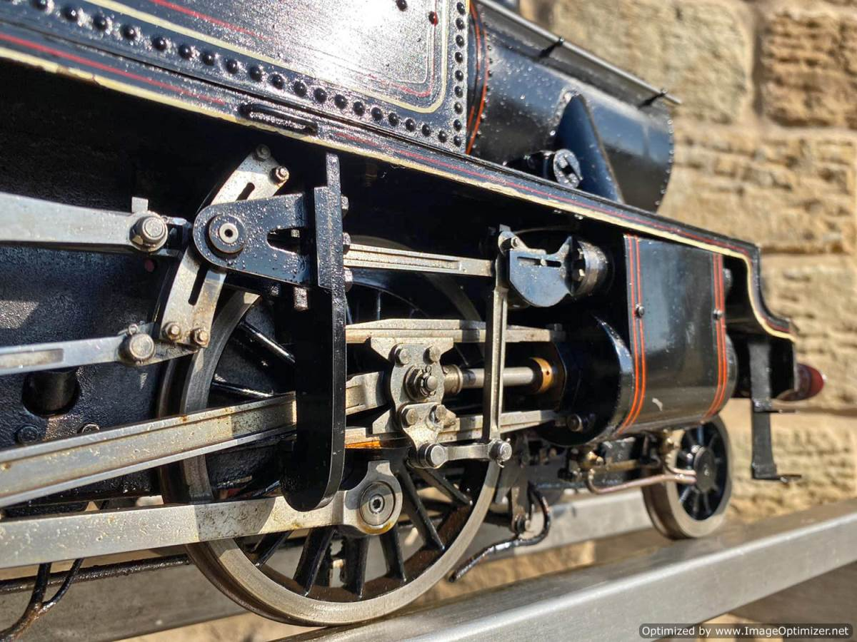 test 3 and a half inch gauge Stanier Class 4 tank Live Steam for Sale (17)