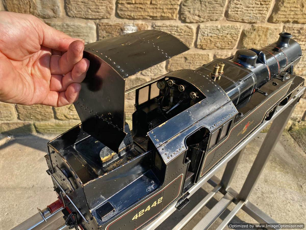 test 3 and a half inch gauge Stanier Class 4 tank Live Steam for Sale (26)