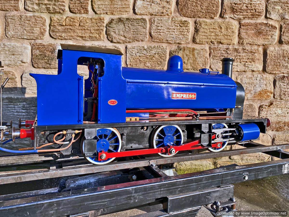 test 7 and a quater inch Holmside live steam locomotive for sale (18)