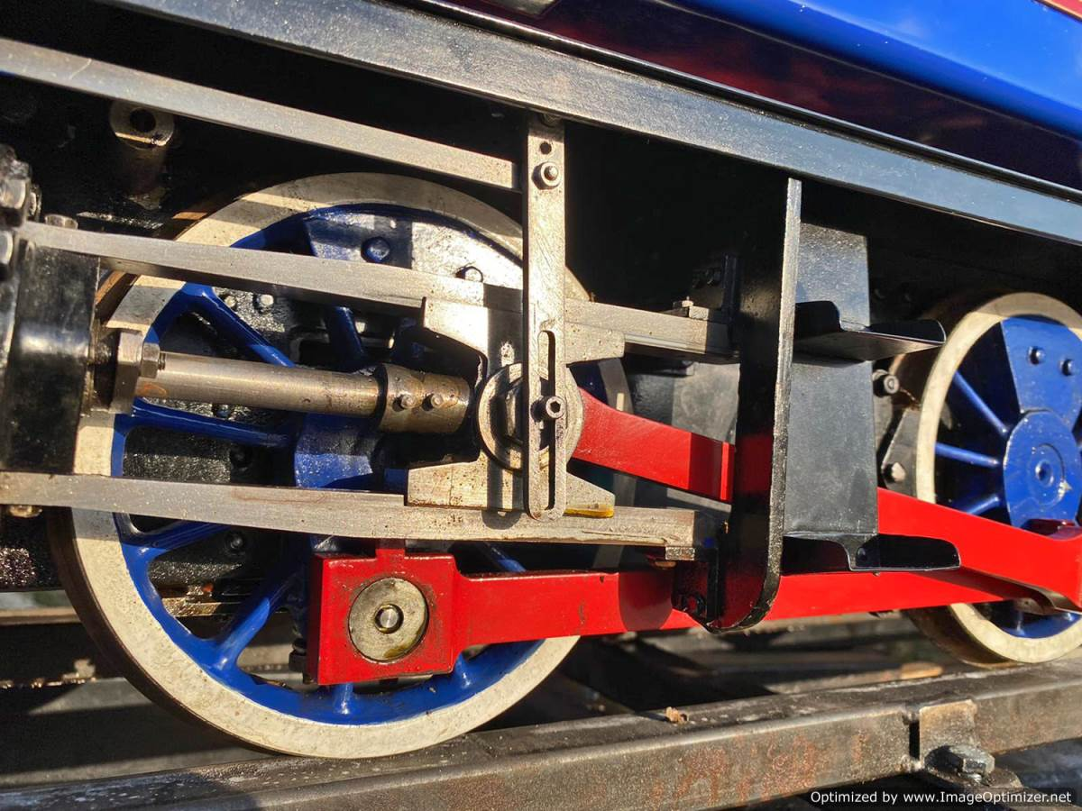 test 7 and a quater inch Holmside live steam locomotive for sale (4)