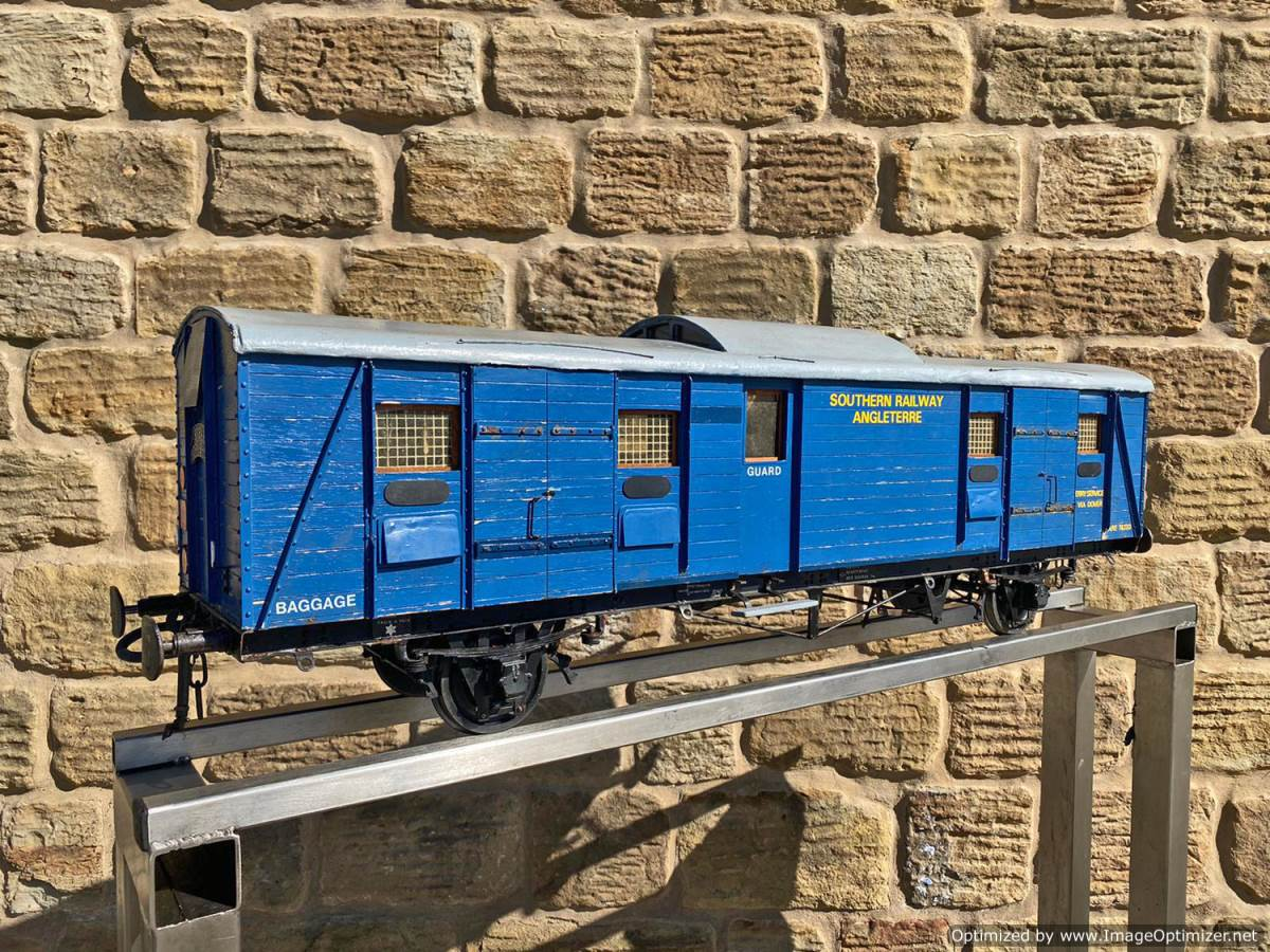test 5 inch Fish Train Van Live Steam for Sale (1)