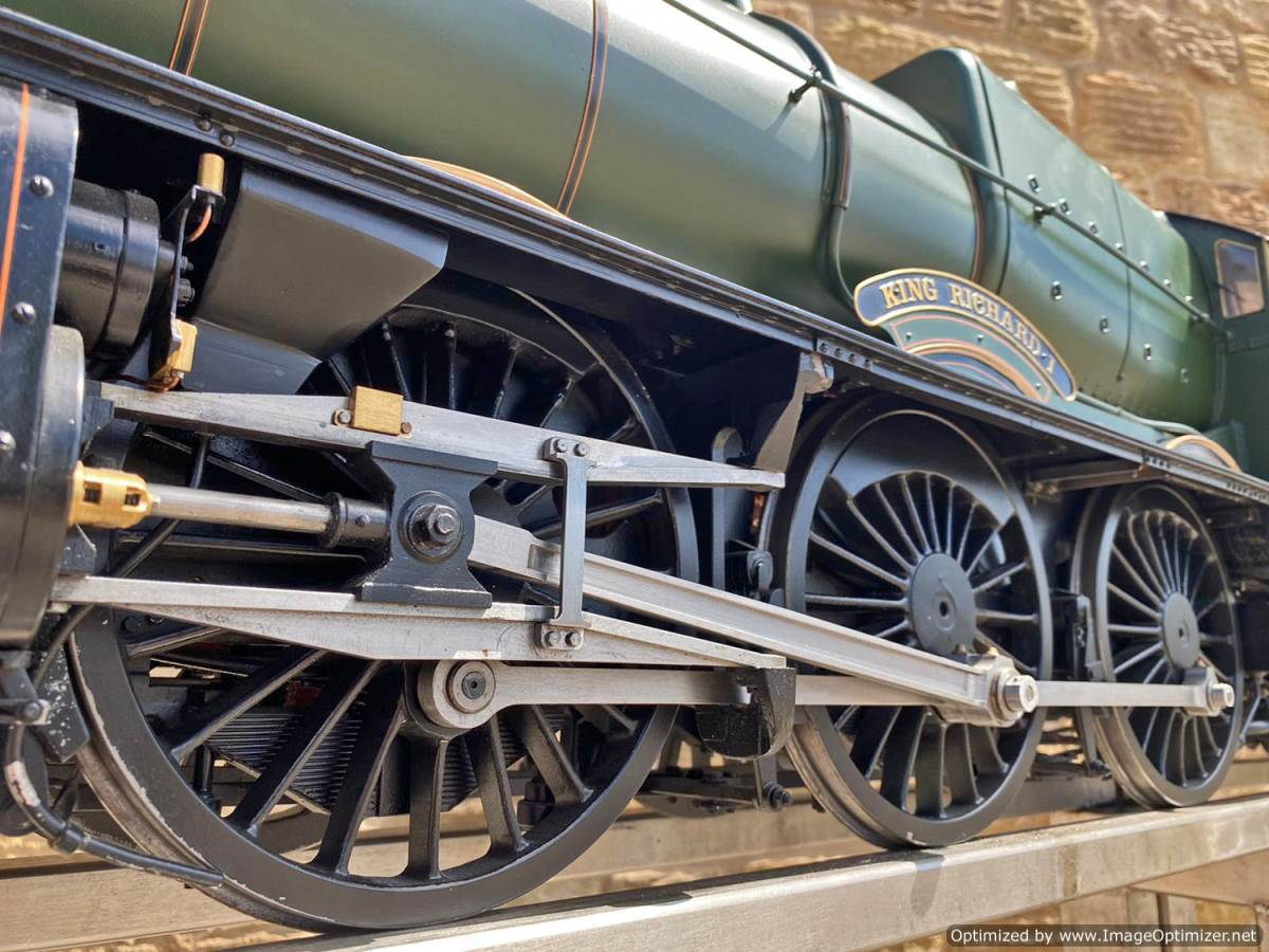 test 5 inch gauge GWR King Class Live Steam model for sale (2)