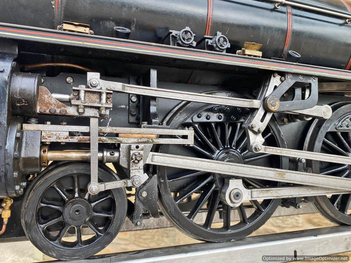 test 5 inch LNER B1 Live Steam Locomotive For Sale (2)